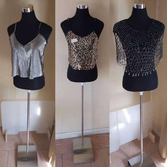 Maniquie poliuretano con tela negra o blanca recambiable + pedestal de aluminio con regula